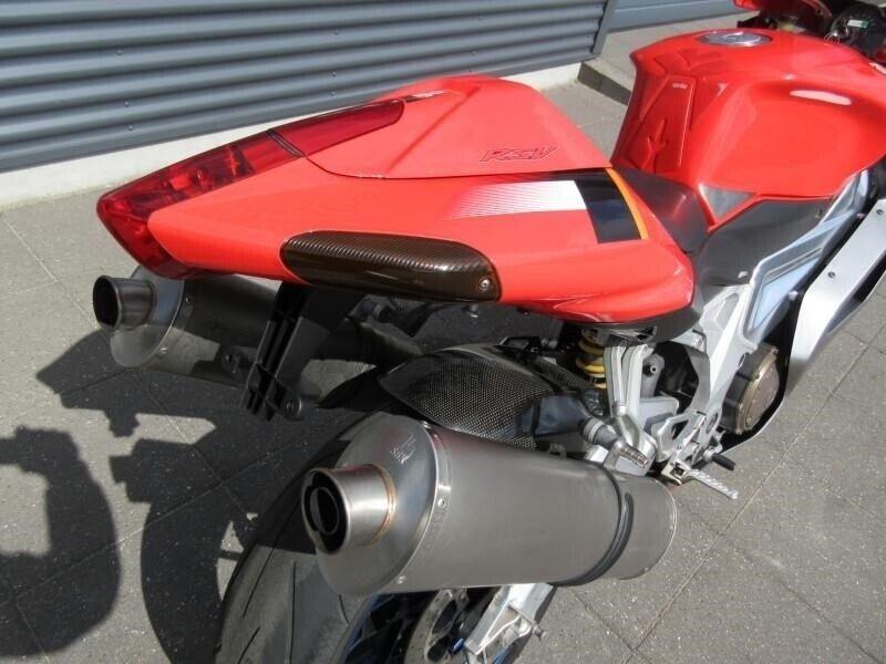 Aprilia, RSV 1000, ccm 998