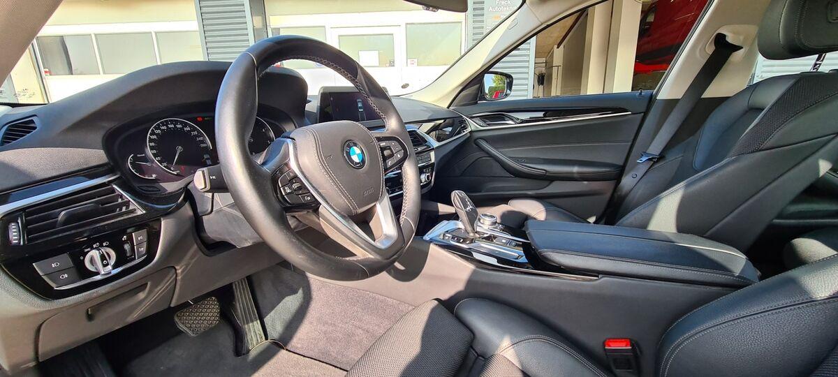 BMW 520d Sport Line aut.
