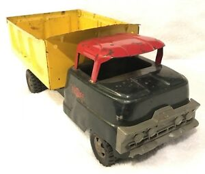 STRUCTO-DUMP-TRUCK-MODEL-201-Pressed-Steel-Freeport-IL-USA-Vintage-1958
