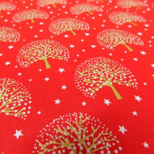 100/% Cotton Canvas Snowy Metallic Gold Christmas Trees and Stars in White /& Red