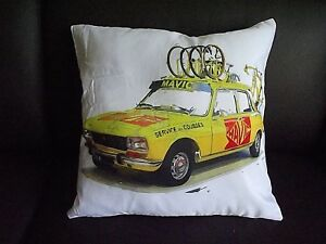 Mavic-Service-des-courses-peugeot-404-cycling-cushion-cover