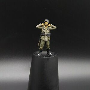 Painted-1-35-German-Infantryman-Stretching-yawning-Masterbox