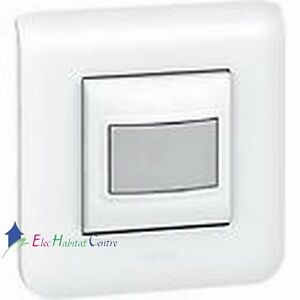 interrupteur automatique 2 fils 400w mosaic complet legrand 78455 80251 78802 ebay. Black Bedroom Furniture Sets. Home Design Ideas