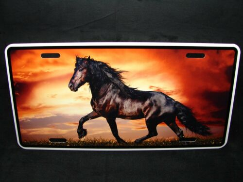 HORSE  METAL NOVELTY LICENSE PLATE TAG FOR CARS BLACK HORSE
