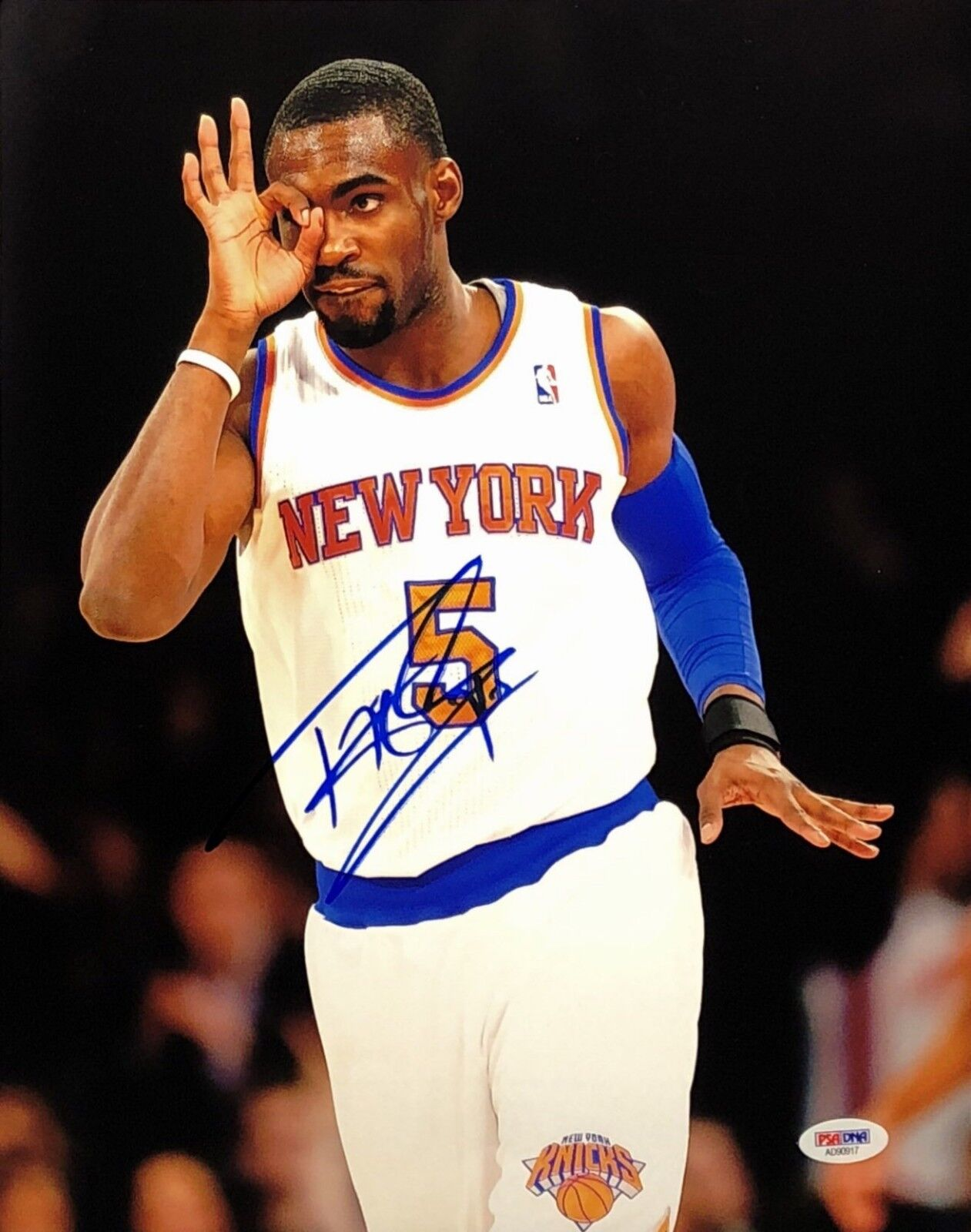 Tim Hardaway Signed New York Knicks 11x14 Basketball Photo PSA AD90917