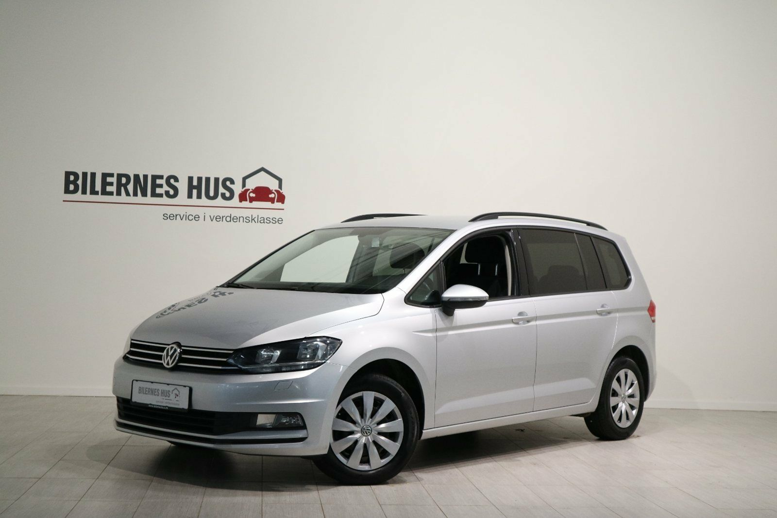 VW Touran 1,6 TDi 115 Comfortline DSG 7prs 5d - 253.880 kr.