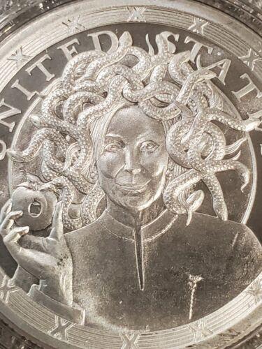 2020 Donald Trump 1 oz .999 Silver Shield I/'mPeached ImPeached Medusa Pelosi New