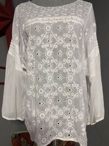 Beautiful Johnny Was ,Eyelet & Embroidery Blouse W