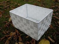 Regalkorb, Schubladenkorb, Allzweckkorb Mit Metallrahmen, In Zwei Größen, Weiß