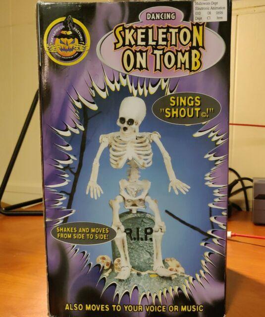 Vtg 1998 GEMMY Halloween DANCING SKELETON ON TOMB Singing Animated Figure w/box