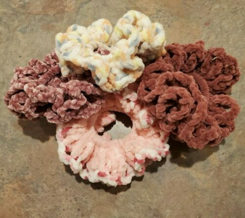 Details about  /Scrunchies//Hair ties Soft Plush Velour Lot//4 Large Ponytail holder Wristlets USA