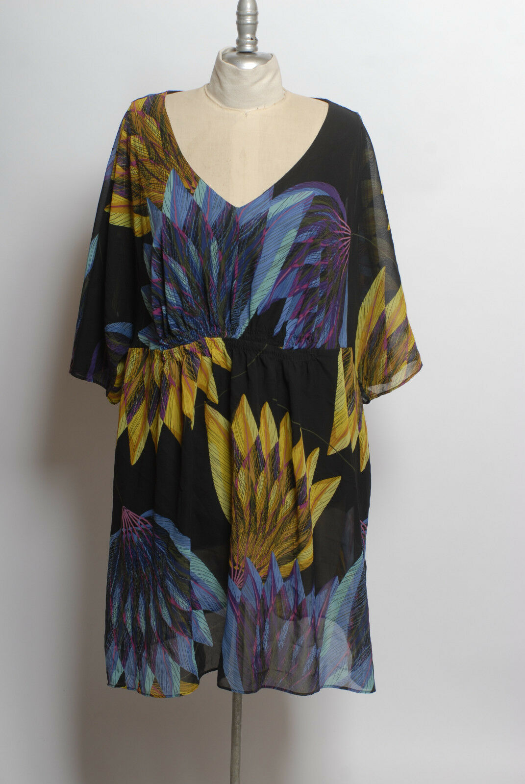Lane Bryant Multi color large abstract palm feather fan floral pattern dress