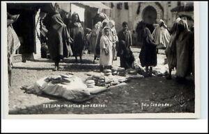 TETUAN-Afrika-Africa-1950-Verkauf-Markt-Einheimische-Native-People-Postcard
