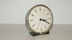 VINTAGE-WESTCLOX-BIG-BEN-LOUD-ALARM-LA-SALLE-ILL-USA-WIND-UP-DESK-CLOCK