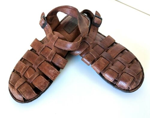 Born Handcrafted Men's Size 11 Brown Leather Close
