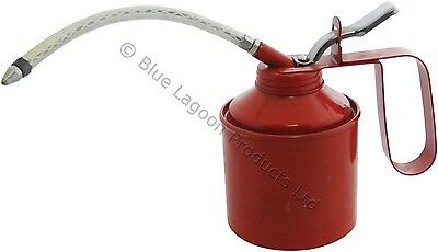 560ml (1 Pint) Oil Can Tin Pump Flexible Spout Handle Metal Lubricant Garage