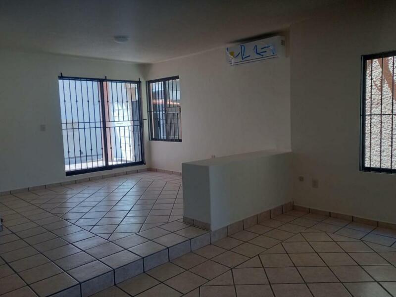 Casa en Renta Col. Petrolera, Tampico informes  833