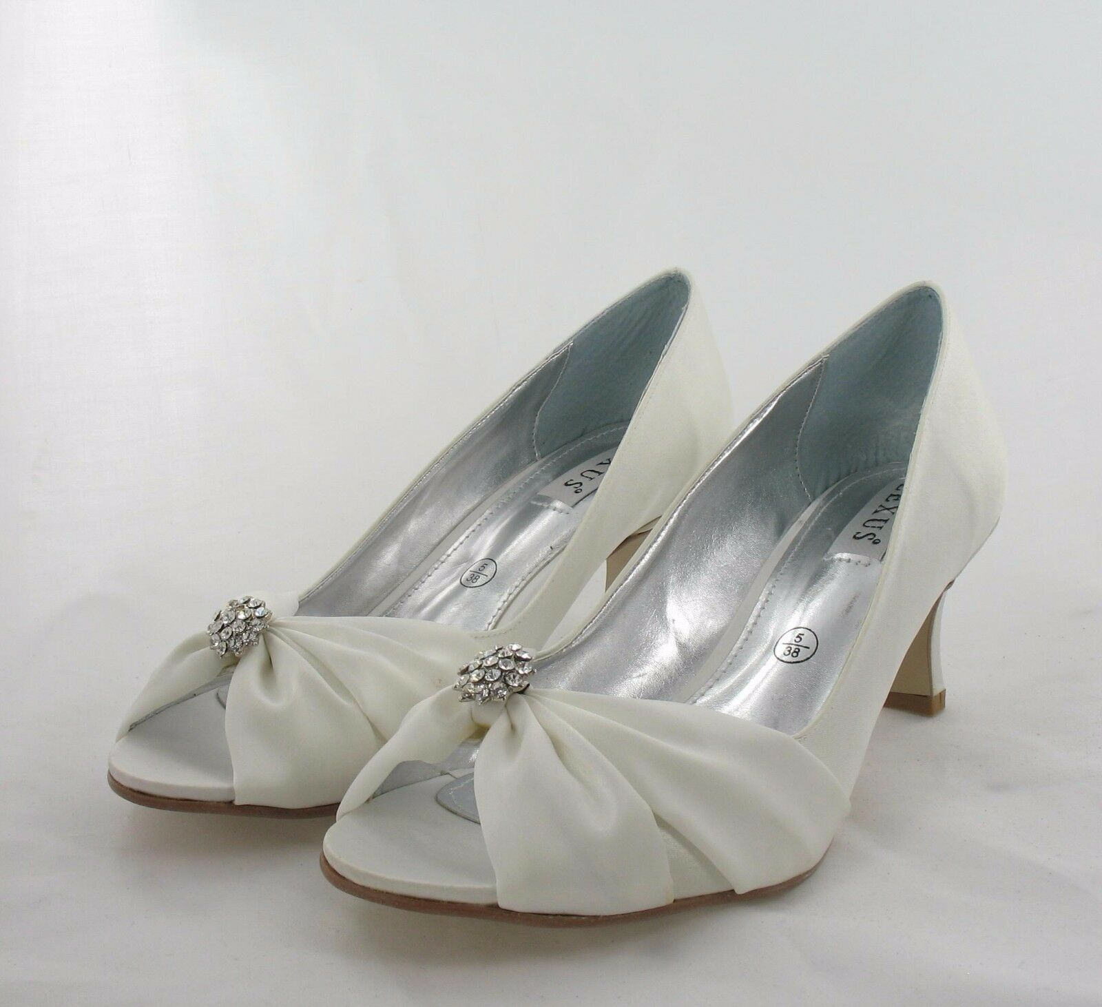 Ladies shoes Size 5 Ivory Party, Prom, Wedding Evening (K5 7 17-11)