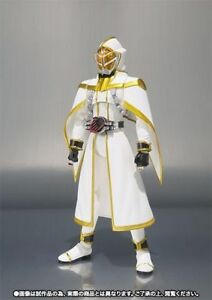 S-H-Figuarts-Masked-Kamen-Rider-WHITE-WIZARD-Action-Figure-BANDAI-from-Japan