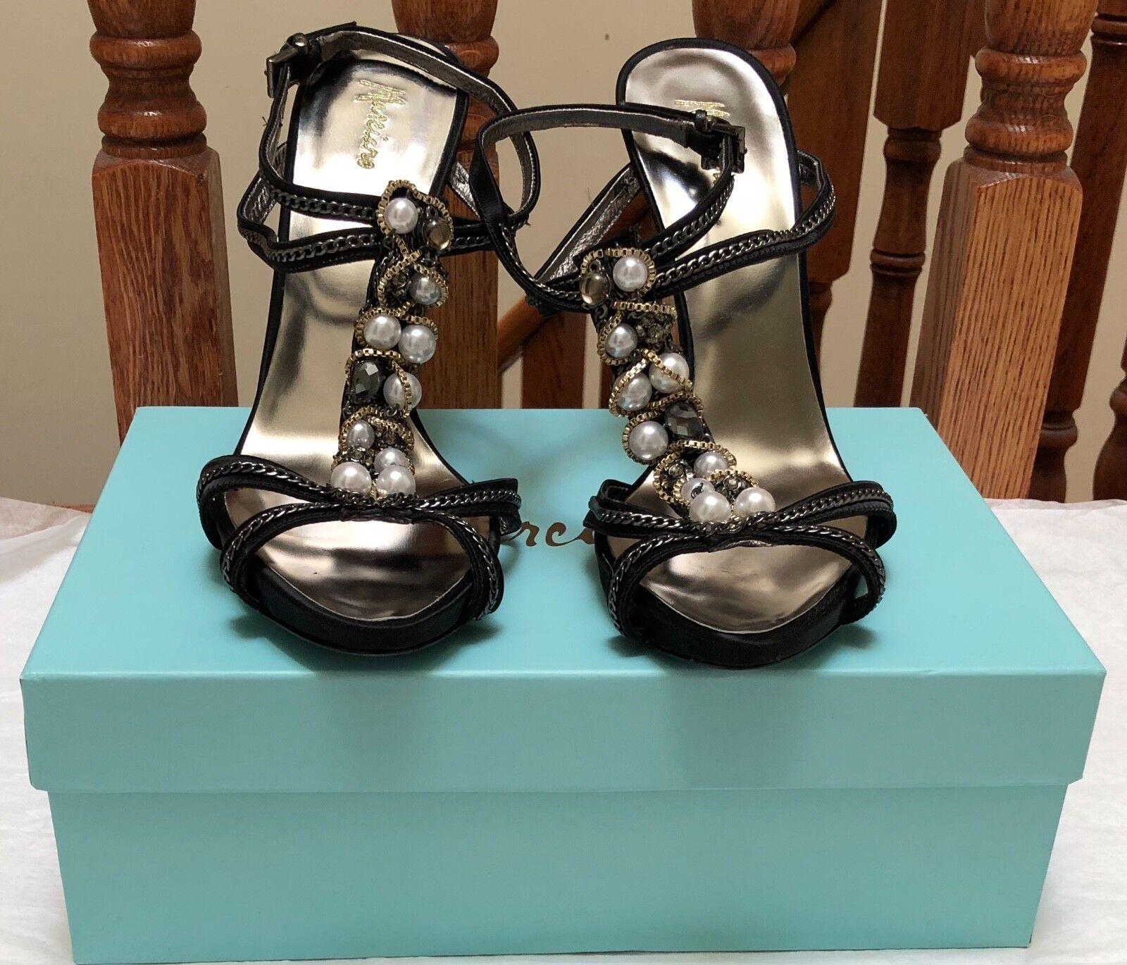 NIB 330 MARCIANO GUESS CAMBIE BLACK RUNWAY Schuhe Größe 10