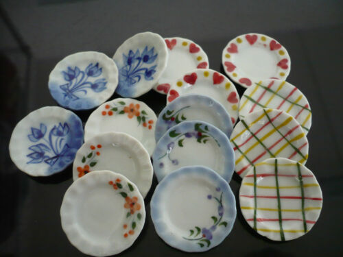 15x25 mm Mix Scalloped Plate Dollhouse Miniatures Ceramic Hand Painted-2