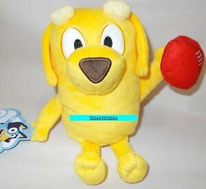"LUCKY 8/"" Yellow Lab Labrador Stuffed Animal Plush BLUEY FRIENDS Football Dog NEW"