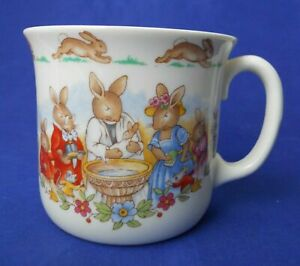 Royal-Doulton-Bunnykins-Celebrate-Your-Christening-8-Oz-Mug-Cup-HW142-Beige