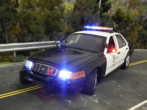1 18 Lapd Crown Victoria Police Diecast Model W Flashing Led