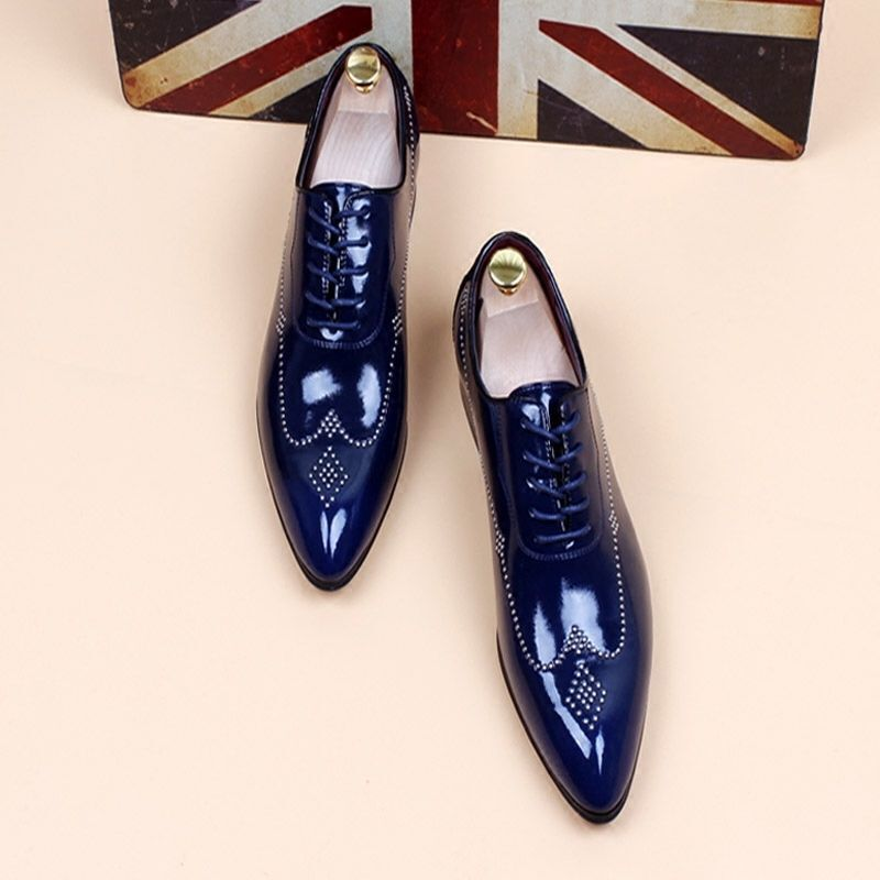 Mens Fashion patent leather wedding shoes pointy toe dress formal wing tip shoes