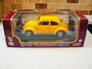 YAT MING ROAD LEGENDS 1967 VOLKSWAGEN BEETLE DIECAST CAR 1:18 SCALE  #92078~NIB