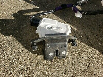 Toyota 69350-52391 Trunk Lock Actuator Motor