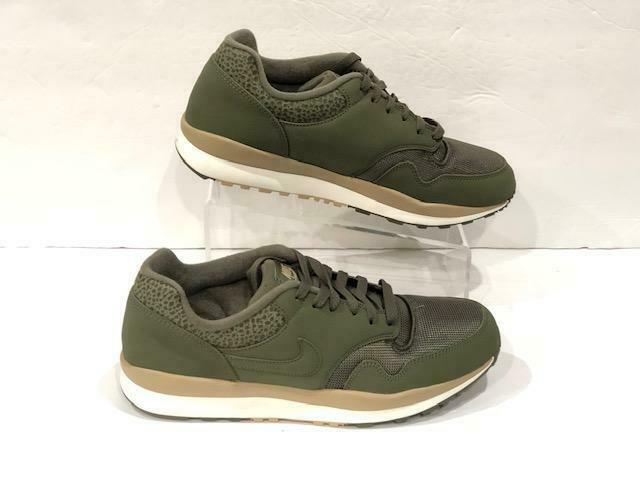 NIKE AIR SAFARI 371740 201 MEDIUM OLIVE Grün DESERT