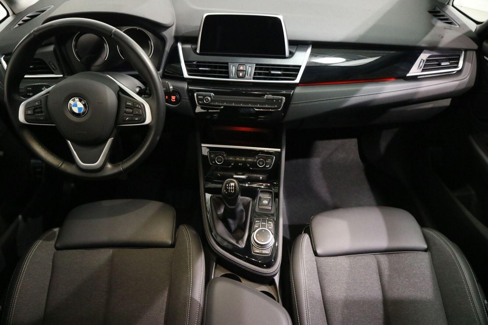 BMW 216i 1,5 Gran Tourer Sport Line 7prs - billede 14