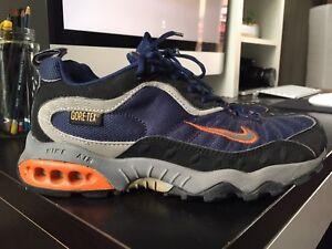 Nike air cross training 2002 , vintage sneaker , size US 7