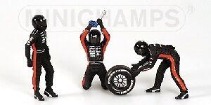 Pit Stop Crew Set Minardi Change Frontal Tyre 1:18 Model MINICHAMPS