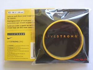 Genuine-LIVESTRONG-Wristband-Lance-Armstrong-Yellow-YOUTH-SIZED-XS-M