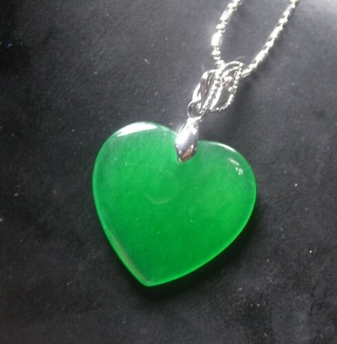 Fashion White Gold Plated Emerald Green Jade Love Heart Pendant Chain Necklace