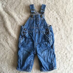 NWT BABY GAP BOYS OR GIRLS DENIM OVERALLS JEANS 0-3 MONTHS