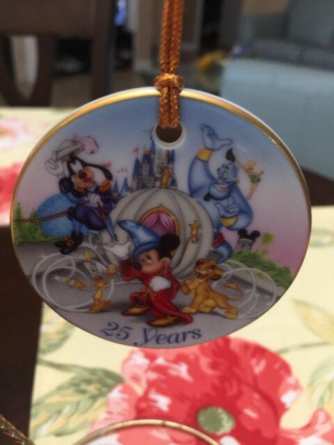 Walt Disney World 25th Anniversary 1996 Disc Christmas ...