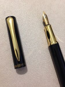 HERO-7036-BLACK-GOLD-TRIM-FINE-NIB-FOUNTAIN-PEN-CONVERTER-UK-SELLER