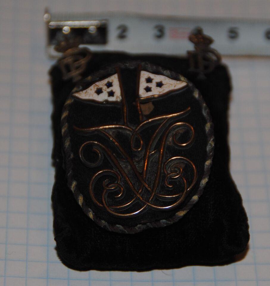 Emblemer, Brystsmykke / ridderorden / monogram /