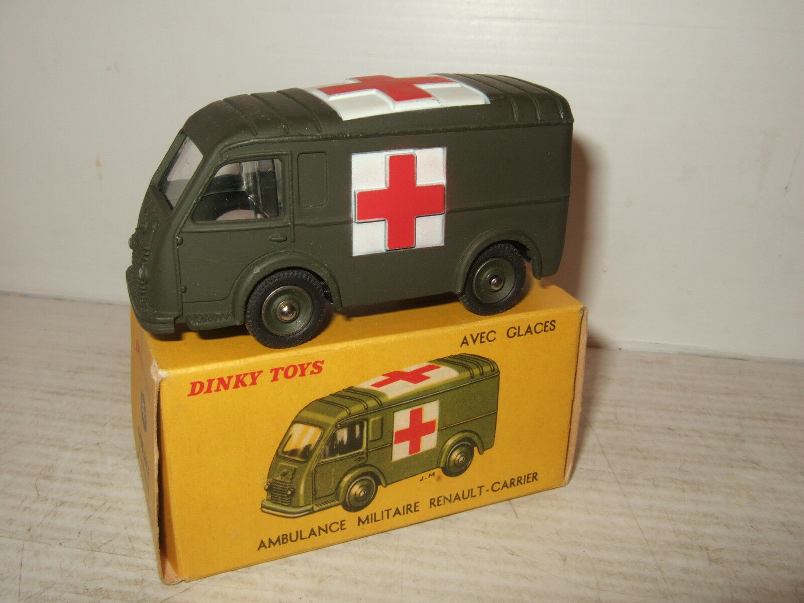 Vintage Rare French Dinky 80F Renault-Carrier Military Ambulance & original Box