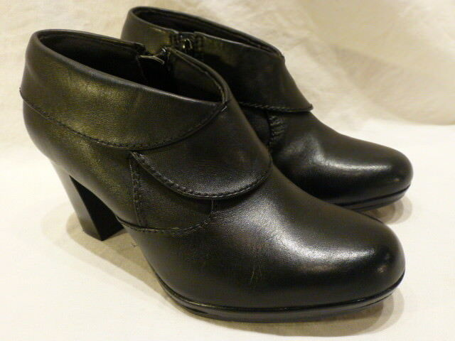 Clarks Collection Booties Black Leather Zip High Heel Womens Boots 6.5M 169
