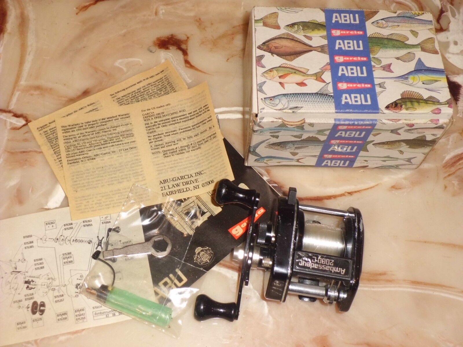 Vintage Abu Garcia Ambassedeur 2000 C Baitcasting Reel made in Sweden w  Box