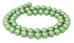 Muschelkernperlen-helles-lindgruen-matt-8-mm-Kugeln-Muschel-Perlen-Strang