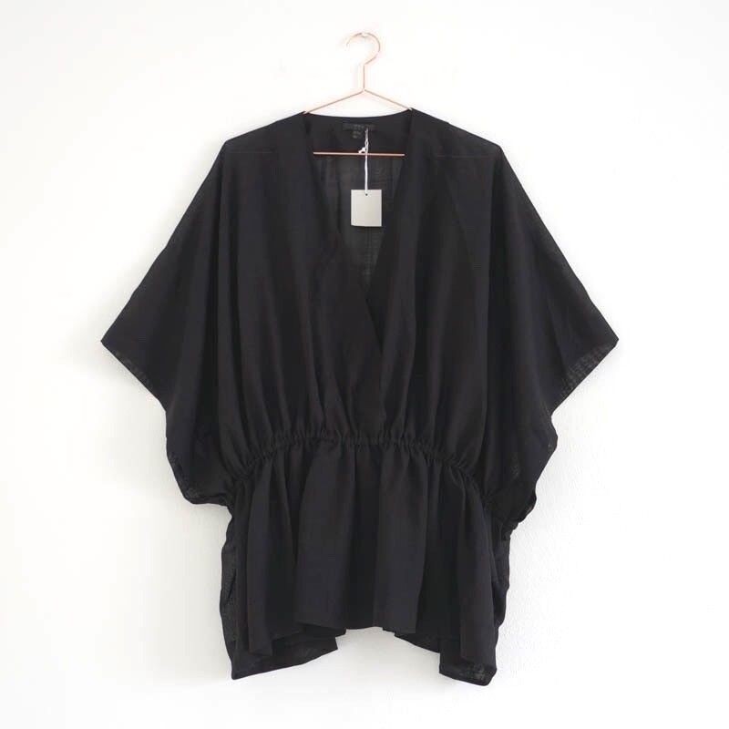 HOF115  COS Top Blause schwarz wolle   Deep V-neck kimono top wool schwarz S M