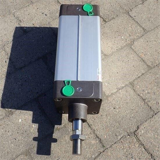 Andet Rexroth - Luft cylindre til boogie på lastbil...