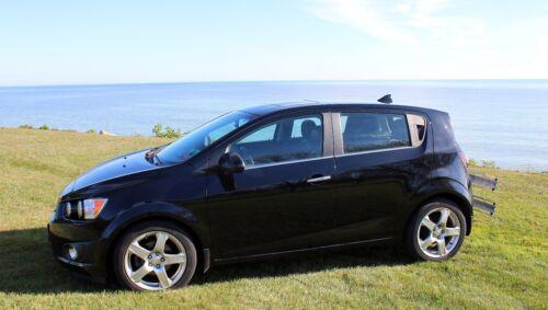 2003-2008 Toyota Corolla Functional AM//FM BLACK Shark Fin Antenna FITS