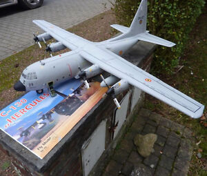 Usa c 130 conveyor plane paper model do it yourself diy ebay image is loading usa c 130 conveyor plane paper model do solutioingenieria Images