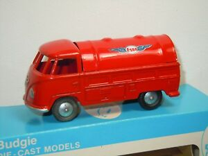 VW-Volkswagen-T1-Pick-Up-Petrol-Esso-Budgie-Toys-England-in-Box-35840